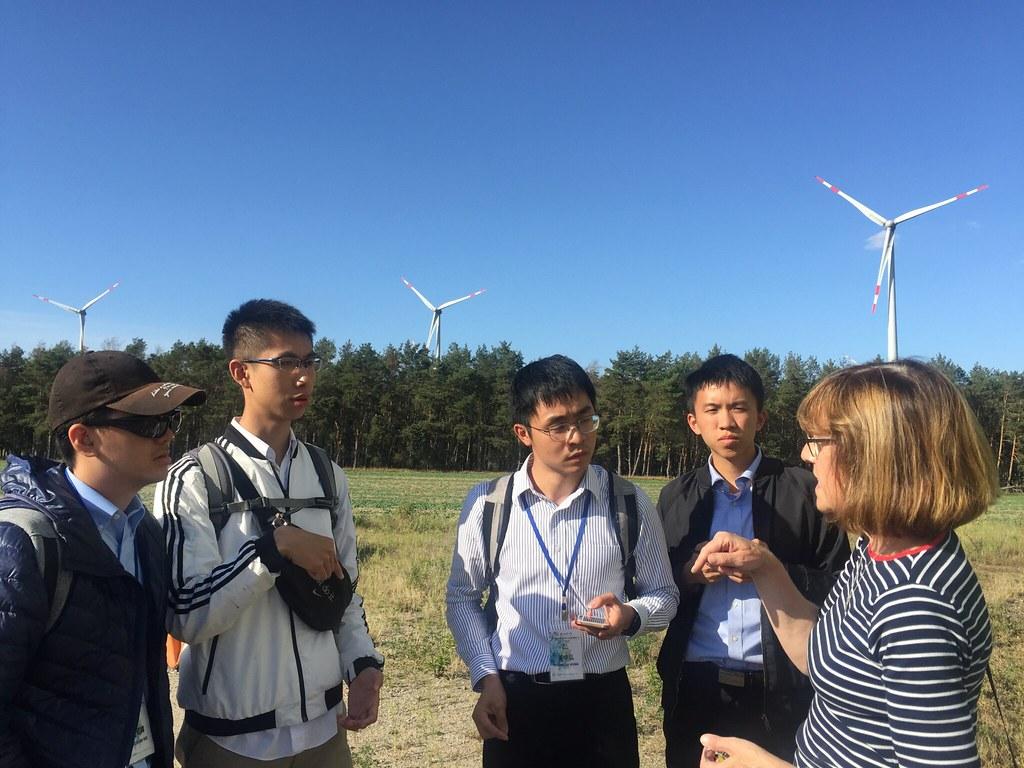 聆聽風力發電區導覽,所有者:黃筱涵