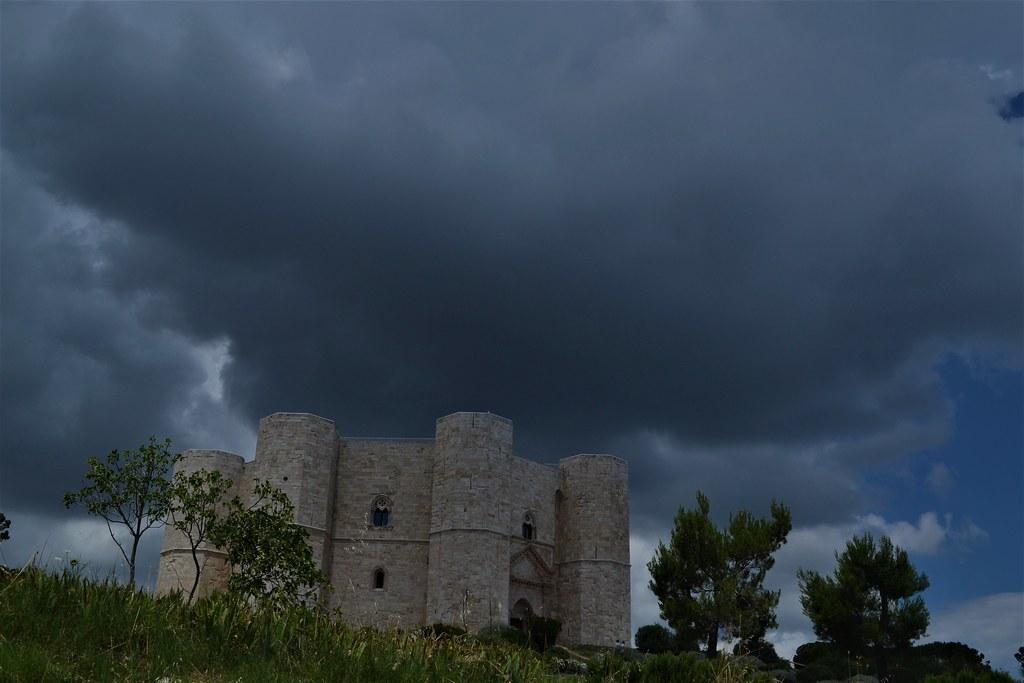 castelldelMonte21