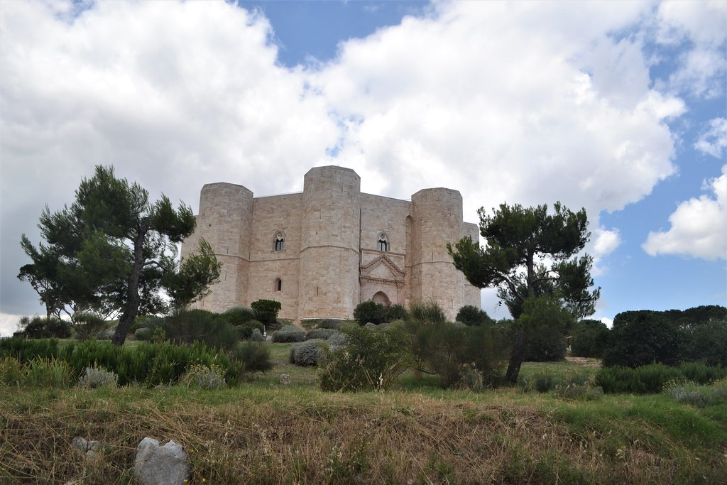 castelldelMonte19