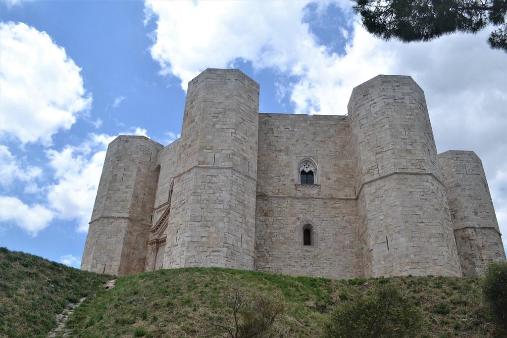 castelldelMonte15