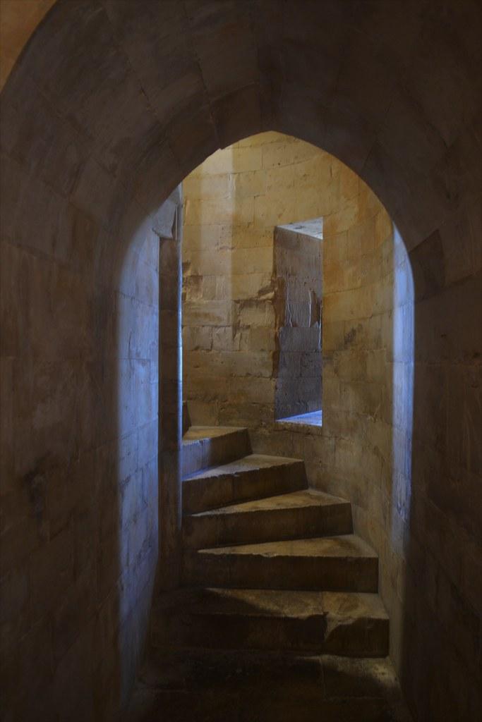 castelldelMonte07