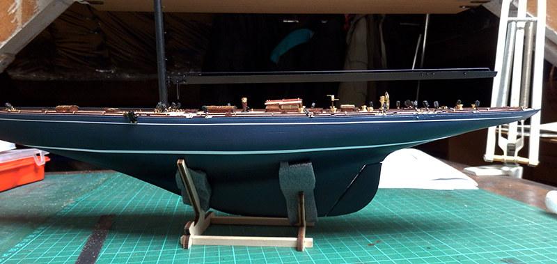 Endeavour 1934 - yacht J-class - 1:80 Amati - Page 2 48792346266_a9c5e789b1_c