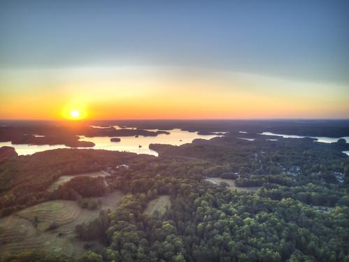 ronmayhew lakelanier chestateeriver forsythcounty georgia lake water sky sun dji mavic aerial hdr