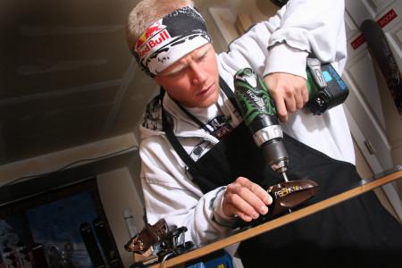 Lyžařské vázání (1): montáž