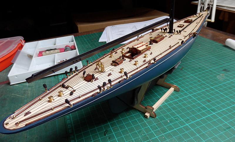 Endeavour 1934 - yacht J-class - 1:80 Amati - Page 2 48792484842_a176ac3637_c