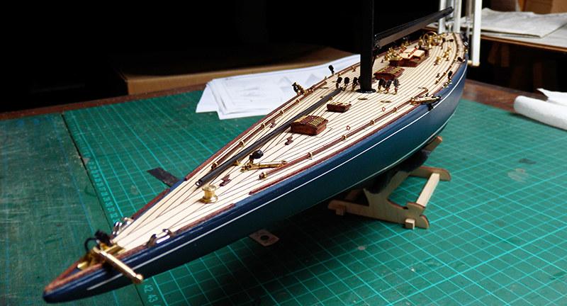 Endeavour 1934 - yacht J-class - 1:80 Amati - Page 2 48792489167_fe8f668abc_c