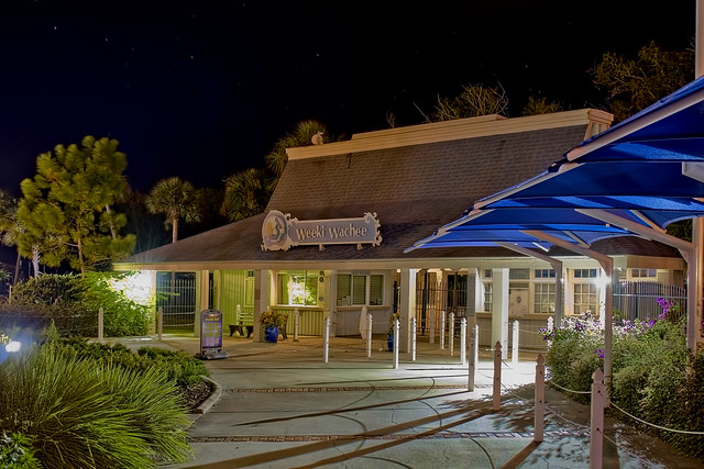 Weeki Wachee Springs State Park, 6131 Commercial Way, Weeki Wachee, Florida, USA