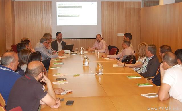 Los asociados de AESLUX participan en el curso anual para los agentes energéticos de FENIE Energía