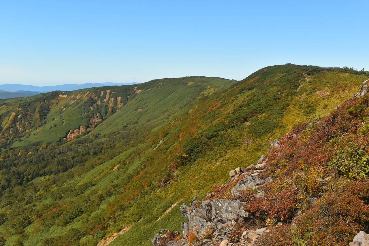 源太ヶ岳~三ツ石山の縦走路
