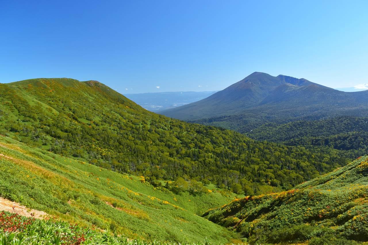 源太ヶ岳と岩手山