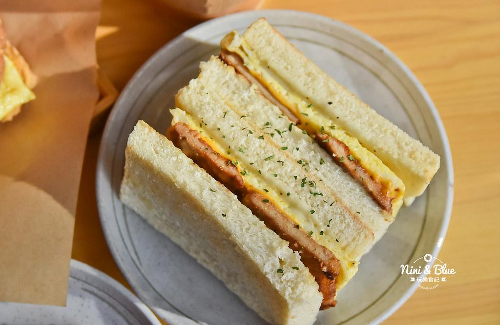 卯食mouth 吐司·麵線·漢堡.台中早午餐14