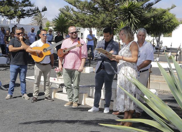 Homenaje a César Manrique en el vigesimoséptimo aniversario de su muerte