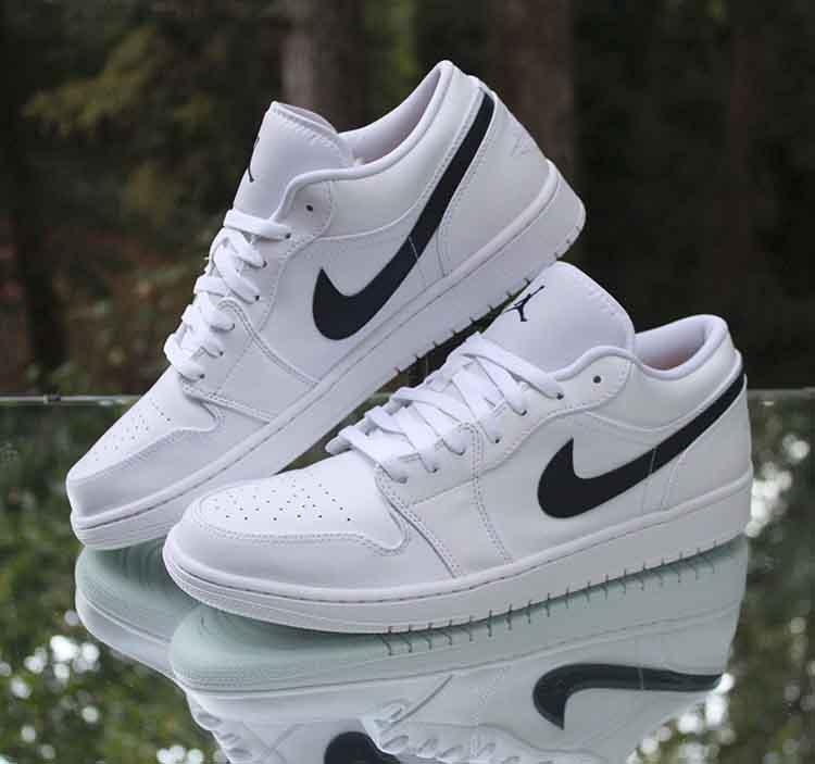 Nike Air Jordan 1 Low Men S Size 11 White Obsidian Blue 553558 114