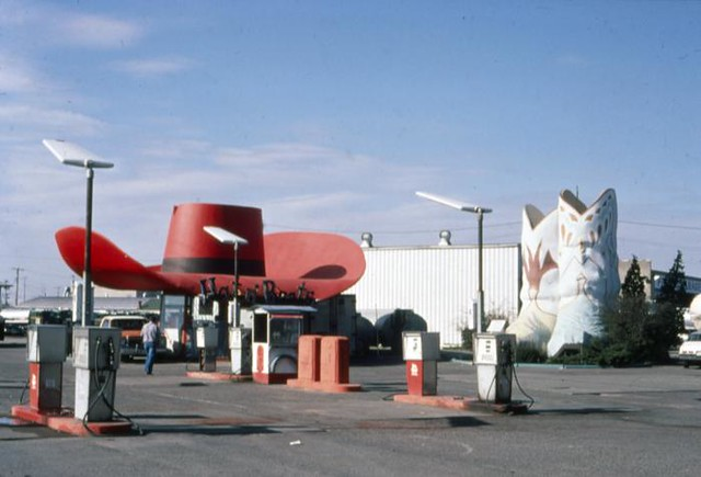 Hat and Boots Service Station, circa 1980