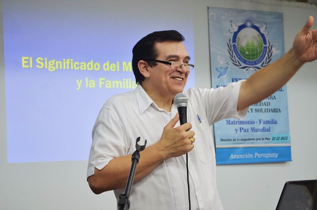 Paraguay-2015-12-22-Paraguayan Ambassadors for Peace Prepare for the New Year