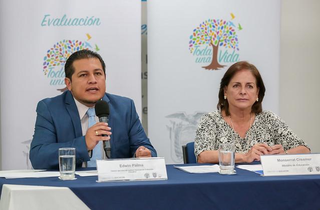 Rueda de prensa Ser Maestro - Quito