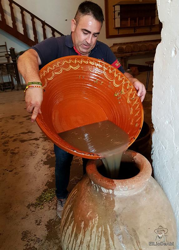 Fin de semana en la ruta del vino de la mancha por tomelloso y su entorno 44