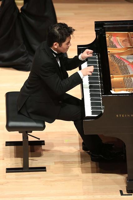 J J Jun Li Bui e5284
