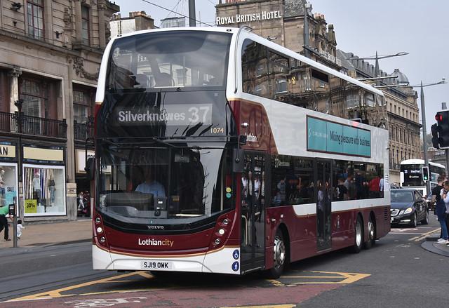 Lothian City Volvo B8L 1074