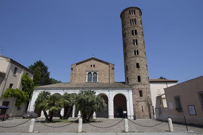 16 Базилика Сан Аполлинаре Нуово Равенна VI в
