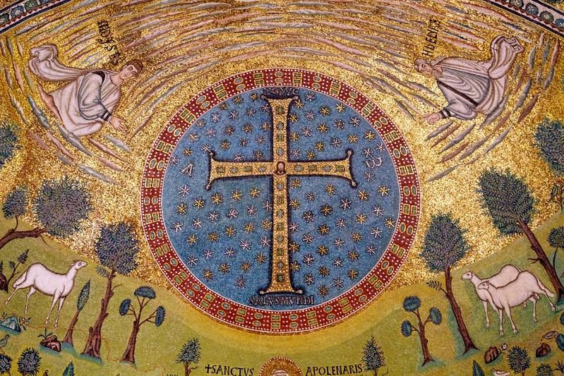 13 Сан Аполлинаре ин кляссе. Мозаика в апсиде. Преображение.