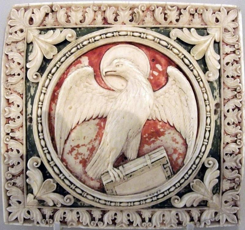 44 Орел, символ евангелиста Иоанна. Север Италии. VIII в. Музей Виктории и Альберта