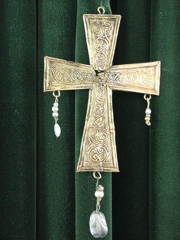 49 Вестготский золотой крест VIII в