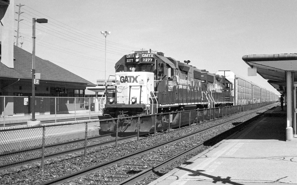 Auto Train Rolling Through Oakville Station