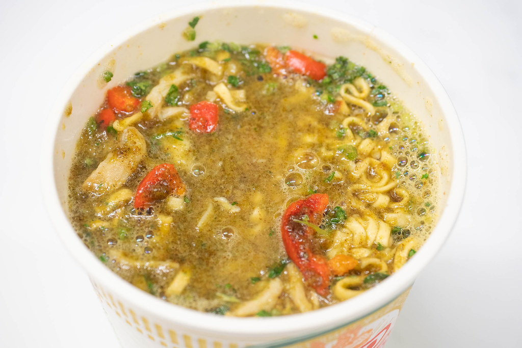 CupNoodle_Green_curry-12