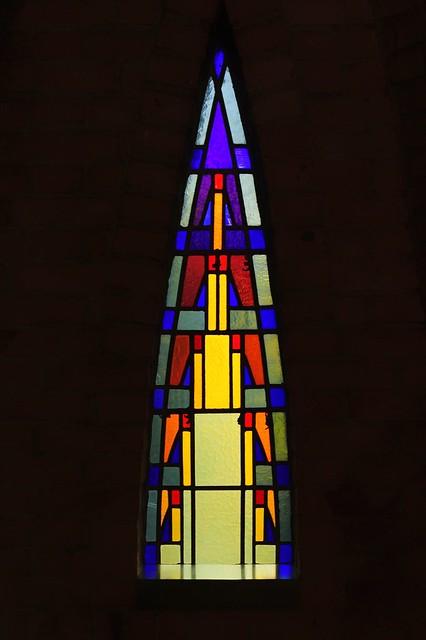 Raam in de kerk van St. Jan de Doper in Hoeven