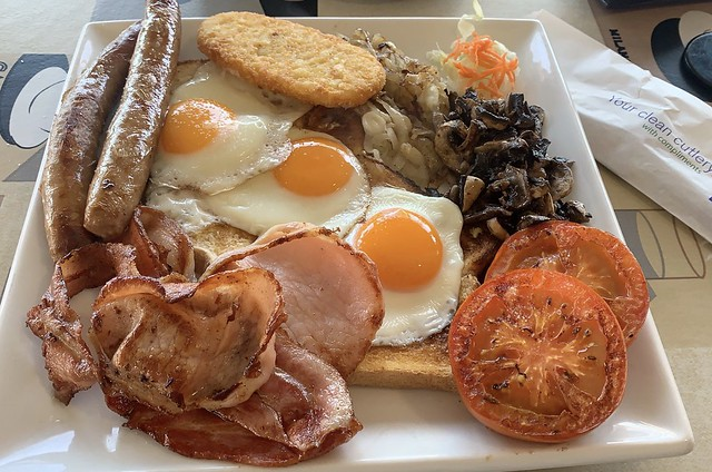 Big Breakfast at Relics cafe Cann River