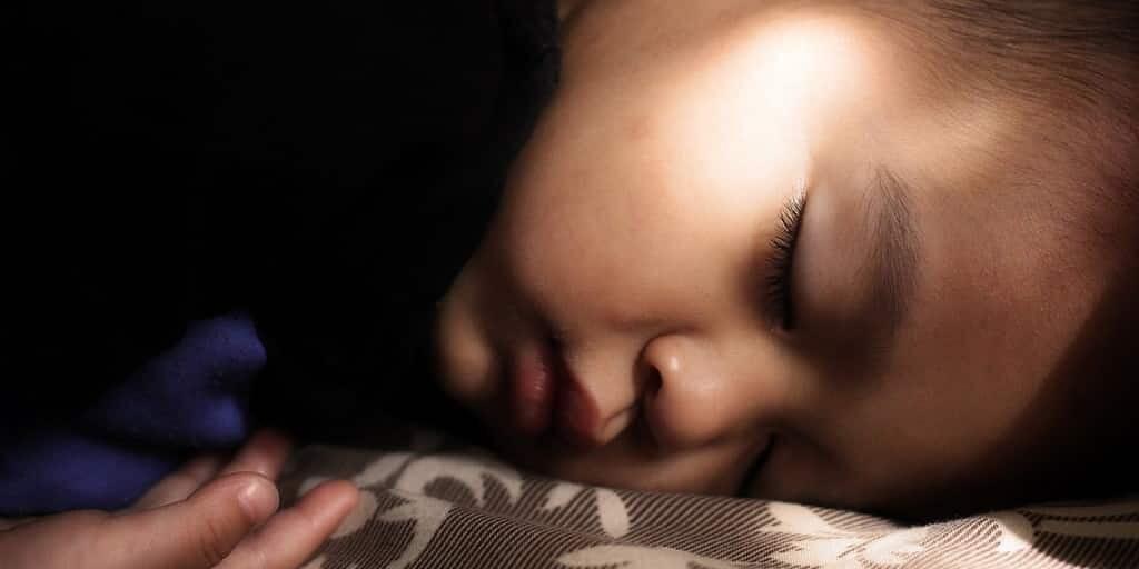 éclats-de-lumière-ajustement-rythme-circadien-sommeil