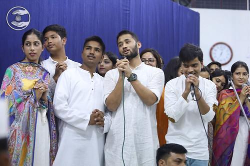 Gautam and Saathi presented a group song, Dehradun, UK