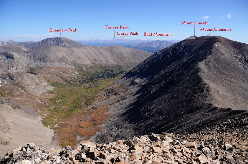 Looking northeast at mountains from Mount Democrat's summit_副本