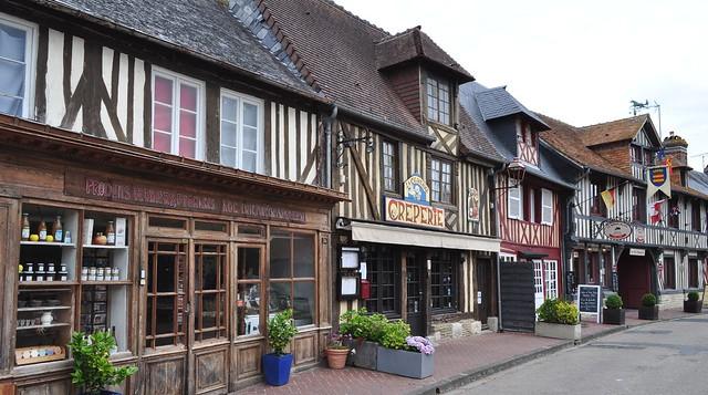 Beuvron en Auge, Pays d'Auge, Calvados, Normandie, France.