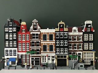 Best pic of my Lego Amsterdam Canal Street so far. Removed all the vehicles for a better view on ground level