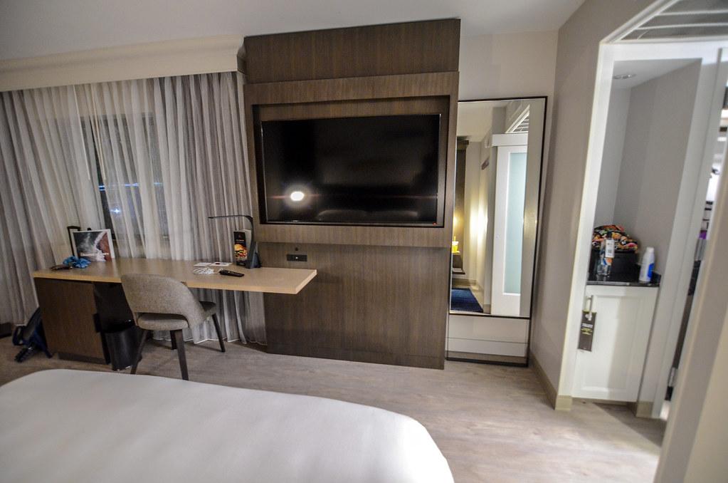 Anaheim Marriott TV