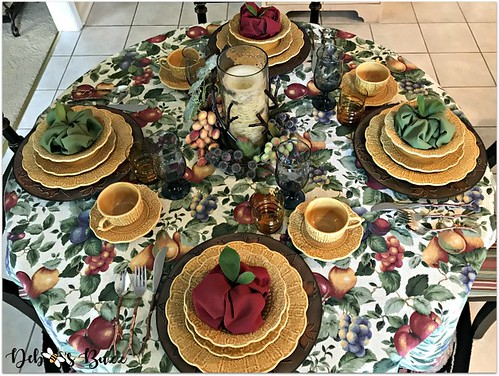fall-harvest-table-round