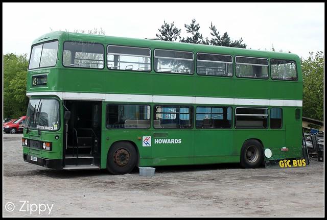 Howards Travel - DOG153 A153UDM