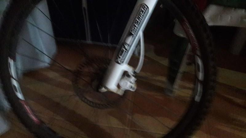 Se vende bicicleta 48802525517_9566f70677_c