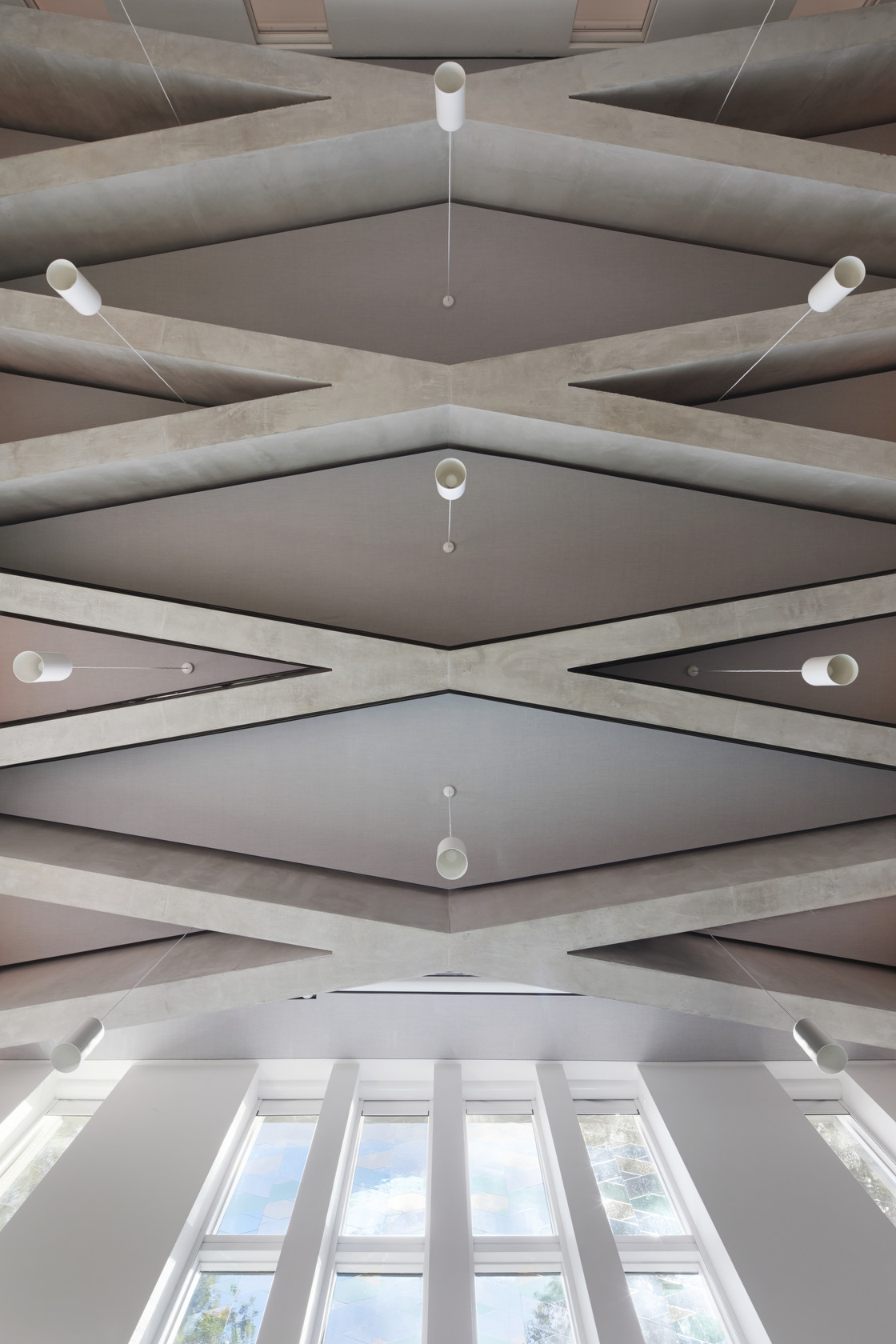 Presidents' Awards 2019 Highly Commended -  Bethnal Green Mission Church  Beams in Main Worship Space - Photo by Jack Hobhouse - Gatti Routh Rhodes Architects