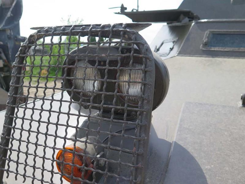 V-100 Commando 00009