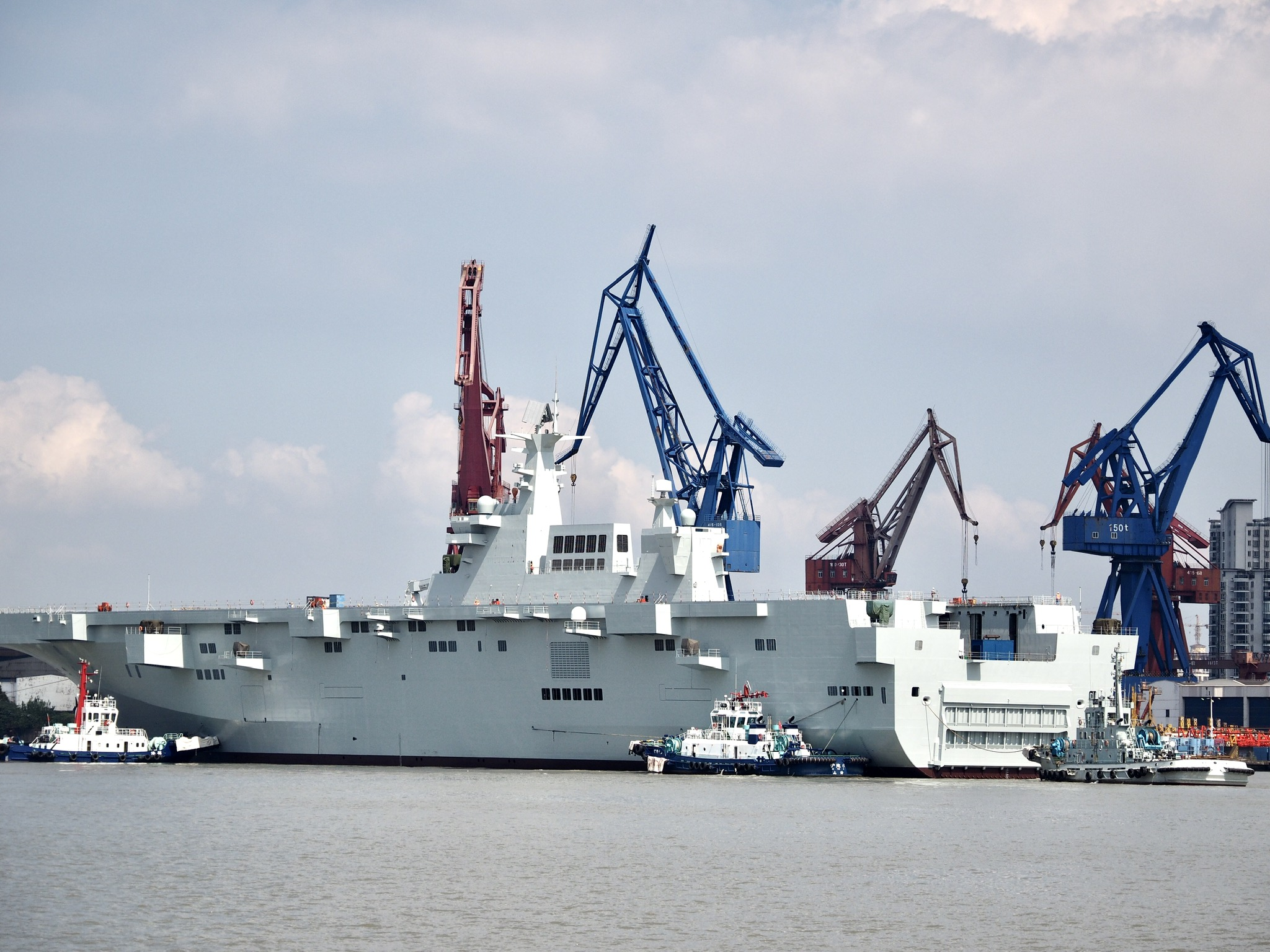 Type 075 landing helicopter dock (LHD) 48802986143_2148d4fdd9_o