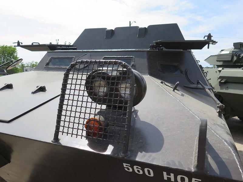 V-100 Commando 00004