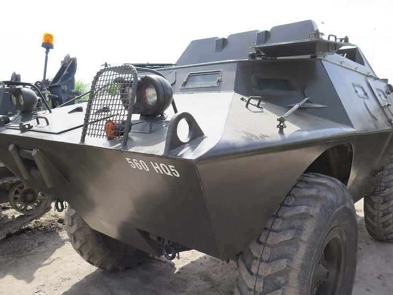 V-100 Commando 00003