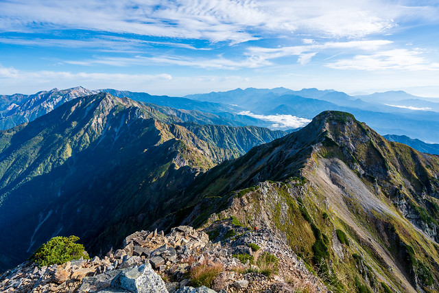 鹿島槍北峰と鍛え連なる後立山稜線の山々@鹿島槍(南峰)