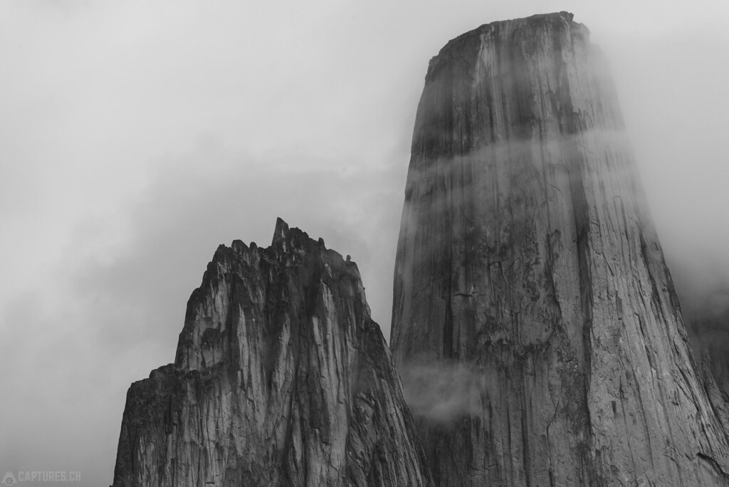 The peaks bw - Tasermiut