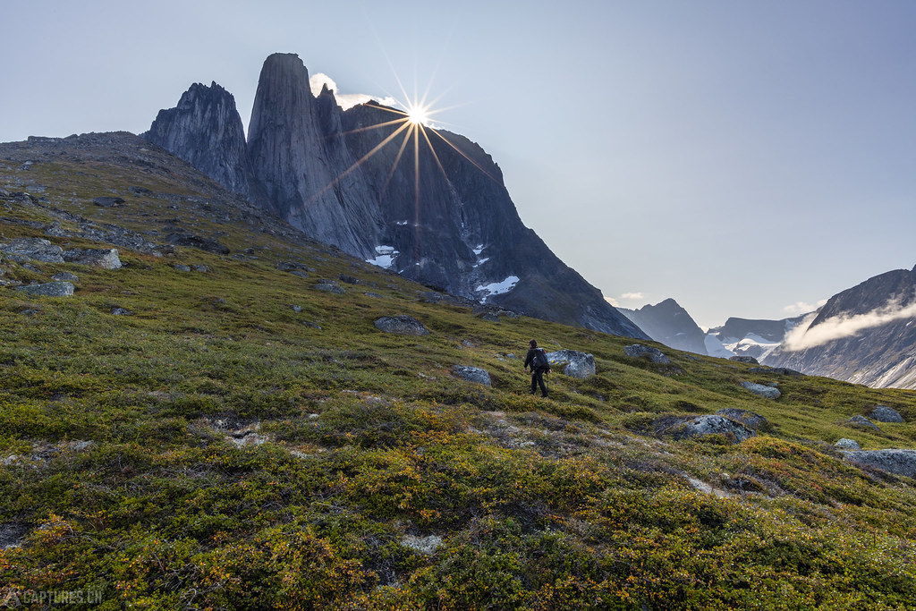 Walking up the ridge - Tasermiut