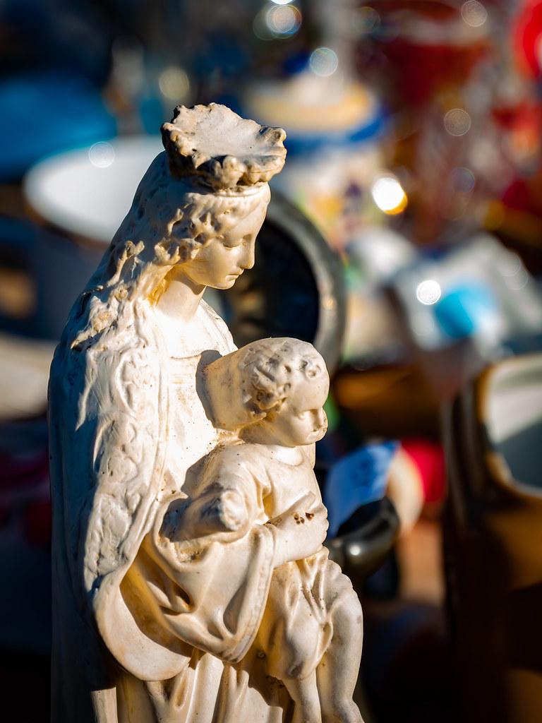 La Vierge des brocantes... 48804100367_50a7118803_b