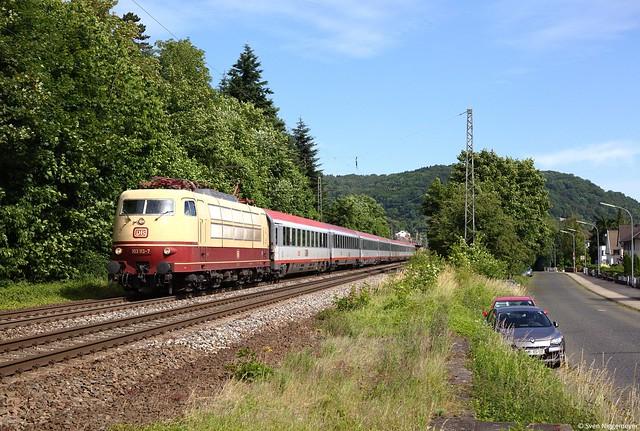 103 113-7 mit dem IC119 von Münster(Westf.) Hbf nach Innsbruck Hbf in Oberwinter am 7.06.14